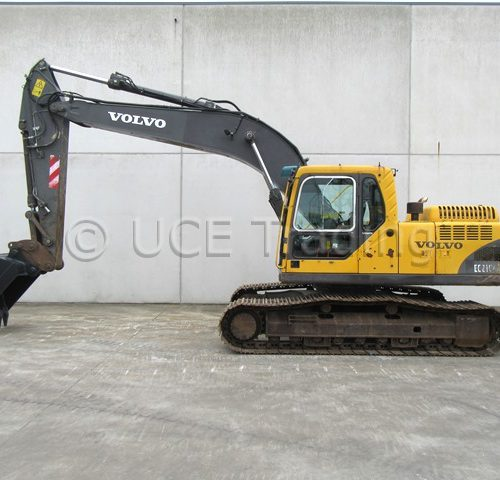 Volvo EC210BLC tracked excavator