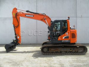 DOOSAN DX140LCR-5, tracked excavator, 2016, perfect condition.